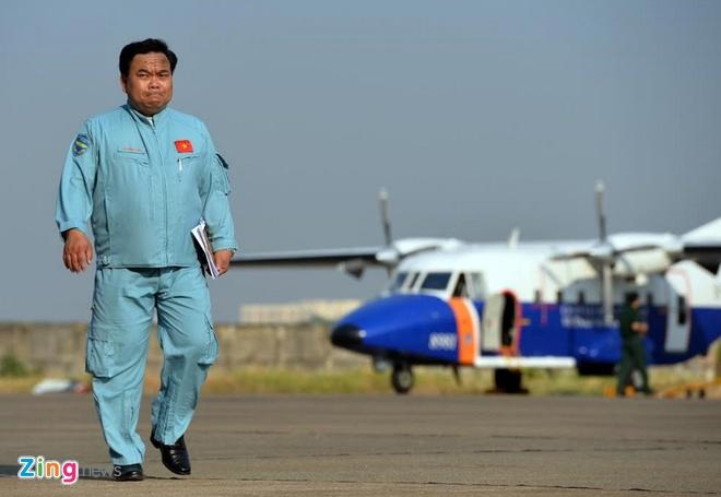 May bay CASA cho 9 nguoi mat lien lac khi dang tim Su-30 hinh anh 2