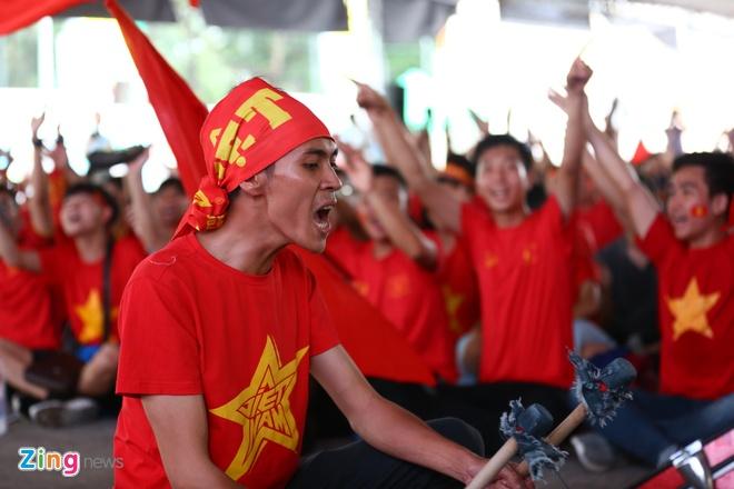 Nguoi ham mo nan lai den phut cuoi co vu tuyen Olympic Viet Nam hinh anh 26