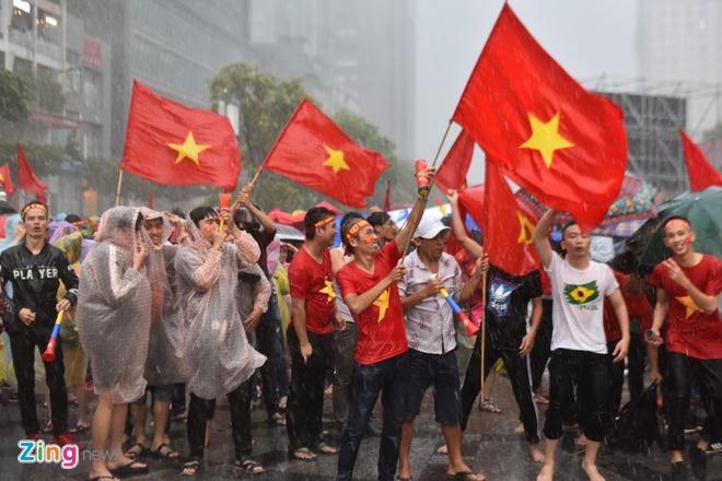 Nguoi ham mo nan lai den phut cuoi co vu tuyen Olympic Viet Nam hinh anh 72