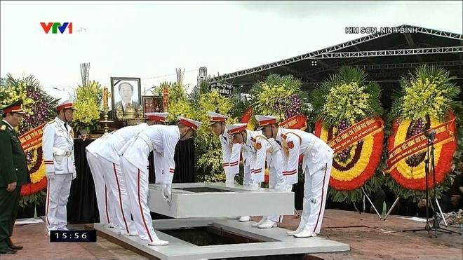Le an tang Chu tich nuoc Tran Dai Quang tai que nha hinh anh 27