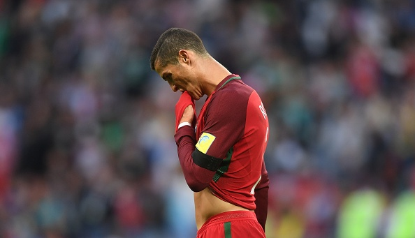Ronaldo bo hop bao sau tran hoa Mexico hinh anh 1