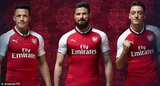 ao dau mua toi cua Arsenal anh 1