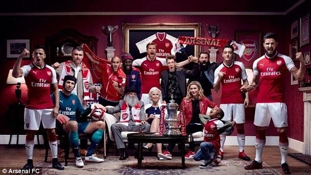 ao dau mua toi cua Arsenal anh 4