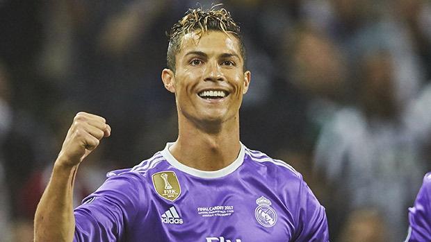 Ronaldo xac nhan co con trai song sinh hinh anh
