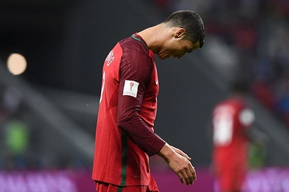 Ronaldo bat luc nhin Chile vao chung ket Confeds Cup hinh anh