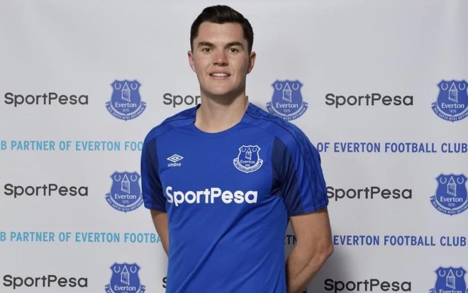 Everton hoa 'dai gia' mua toi voi 6 tan binh hinh anh 3