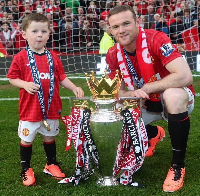 Nhung ky niem dang nho cung MU do dich than Rooney lua chon hinh anh 15