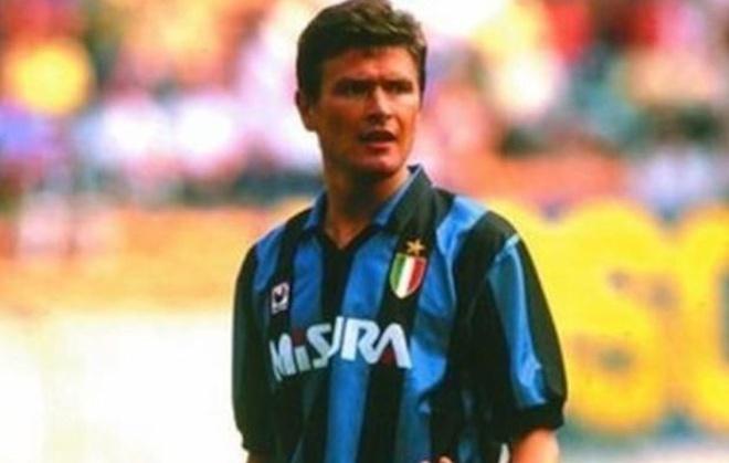 10 danh thu tung khoac ao ca Milan, Inter va Juventus hinh anh 4