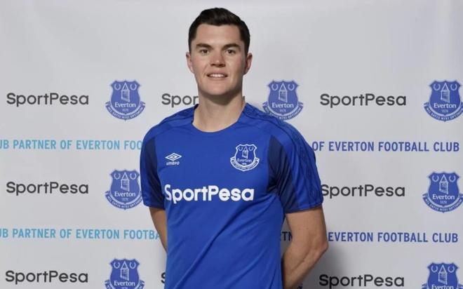 Everton nuoi mong chau Au voi 7 tan binh hinh anh 3
