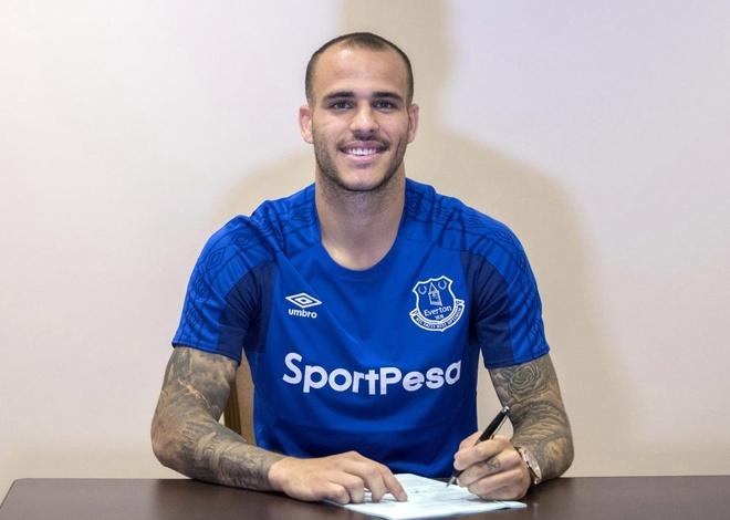 Everton nuoi mong chau Au voi 7 tan binh hinh anh 5