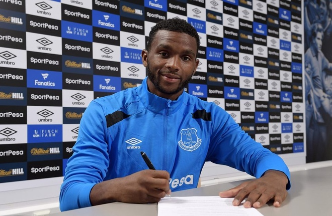 Everton nuoi mong chau Au voi 7 tan binh hinh anh 7