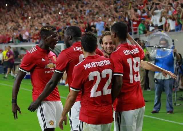 Pogba, Lukaku choi an y, MU dai thang o derby Manchester hinh anh 9
