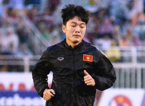 HLV Hai 'lo' am chi Huu Thang sai chien thuat khi dau Han Quoc hinh anh