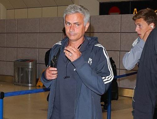 Tro cung cua Mourinho tro ve voi mot ben chan chan thuong hinh anh