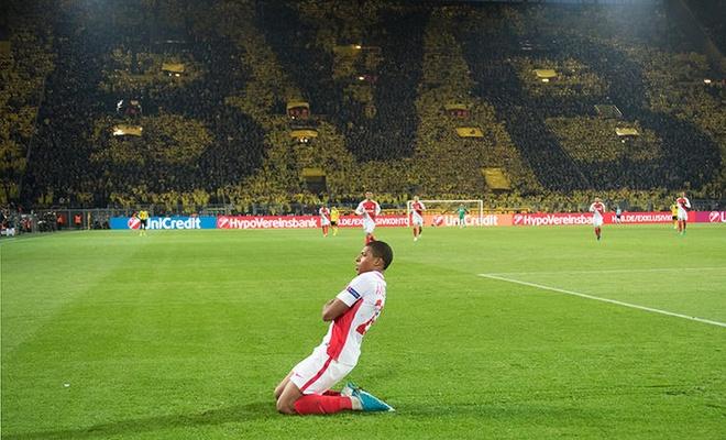 6 ung vien thay the Neymar tai Barcelona hinh anh 1