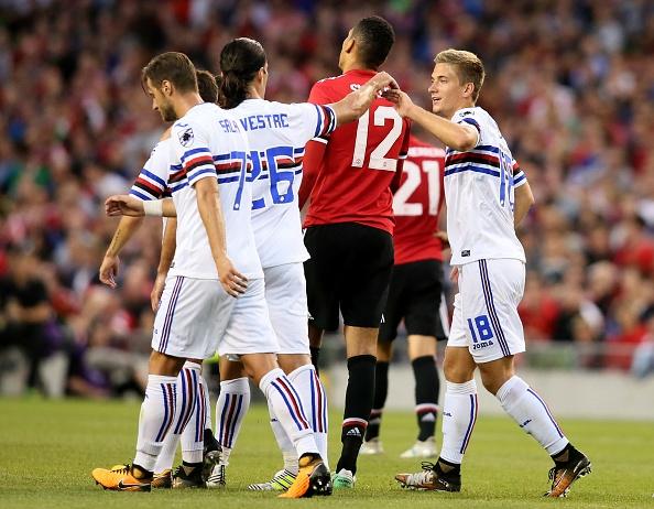 Matic ra mat trong tran thang 2-1 cua MU truoc Sampdoria hinh anh 8