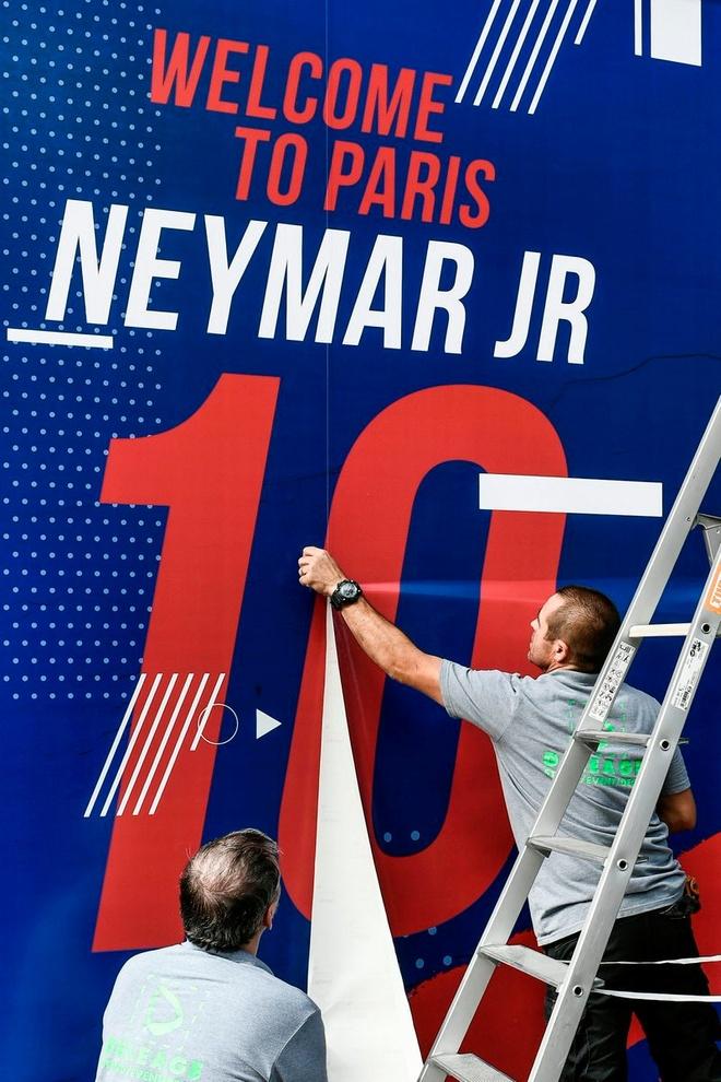 Neymar phu nhan roi Barca de thoat cai bong Messi hinh anh 3