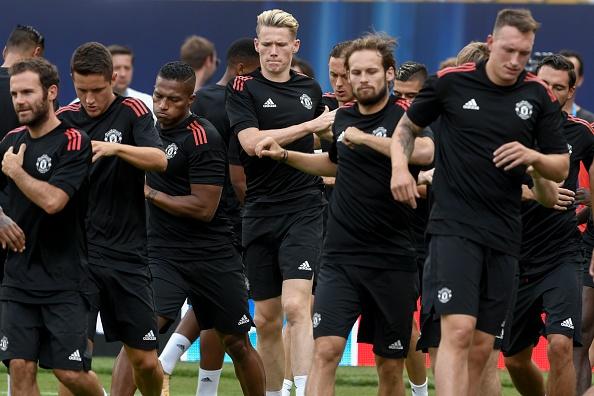 Matic cang thang truoc them dai chien Real Madrid hinh anh 8