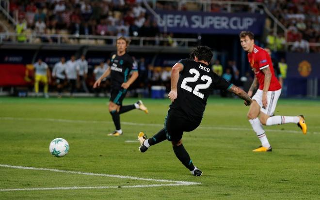 Ronaldo khoac vai Mourinho, an mung phan khich sau chuc vo dich hinh anh 11
