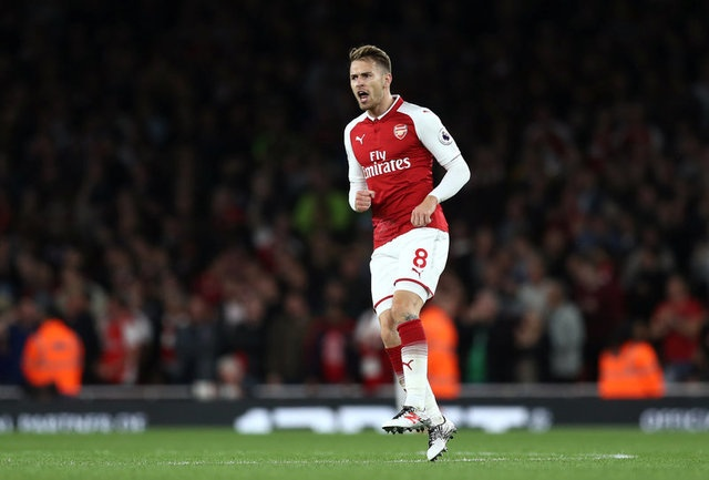 Arsenal vs Leicester (4-3): Nguoc dong ngoan muc hinh anh 38
