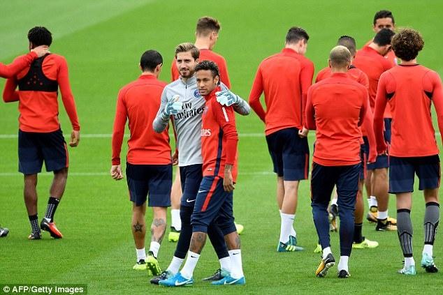 Neymar hang hai tap luyen san sang ra mat Parc des Princes hinh anh 2
