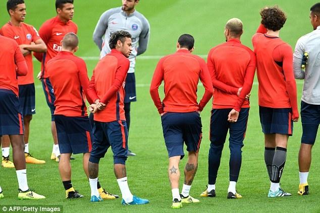 Neymar hang hai tap luyen san sang ra mat Parc des Princes hinh anh 3