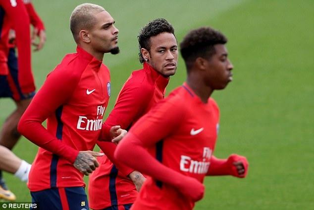 Neymar hang hai tap luyen san sang ra mat Parc des Princes hinh anh 7