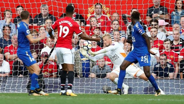 Man Utd vs Leicester (2-0): Rashford, Fellaini toa sang hinh anh 29