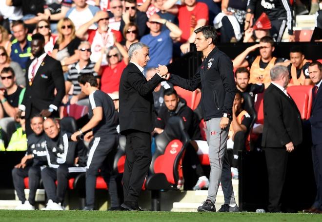 Mourinho co tinh chiu phat de cau gio cho hoc tro? hinh anh 11