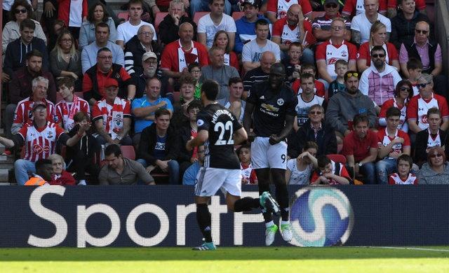 Southampton vs Man Utd (0-1): Chien thang xau xi hinh anh 14