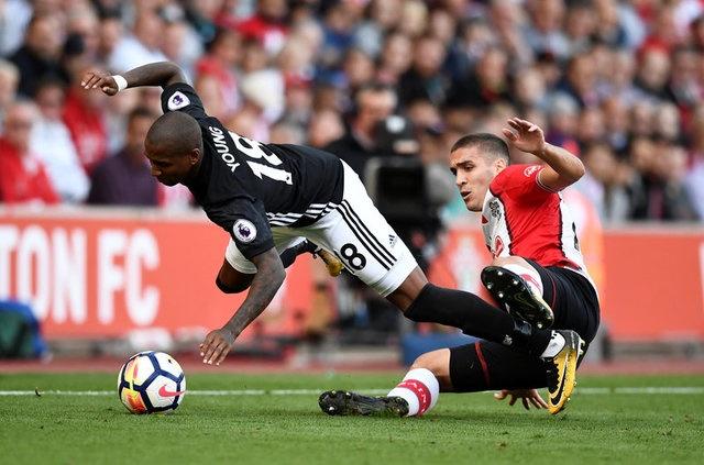 Southampton vs Man Utd (0-1): Chien thang xau xi hinh anh 31