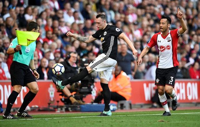 Southampton vs Man Utd (0-1): Chien thang xau xi hinh anh 32
