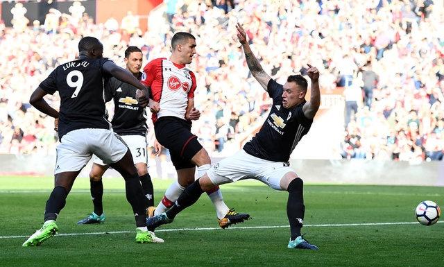 Southampton vs Man Utd (0-1): Chien thang xau xi hinh anh 23