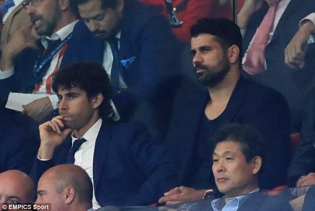 Diego Costa buon rau nhin Chelsea danh bai Atletico Madrid hinh anh 1