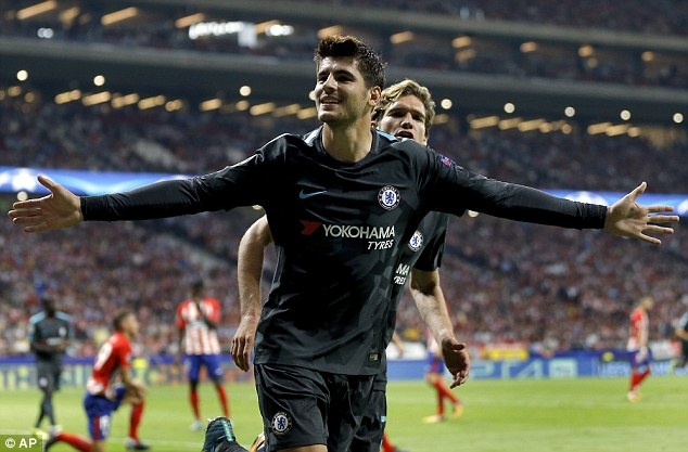 Diego Costa buon rau nhin Chelsea danh bai Atletico Madrid hinh anh 6