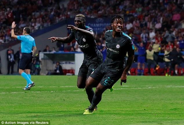 Diego Costa buon rau nhin Chelsea danh bai Atletico Madrid hinh anh 7