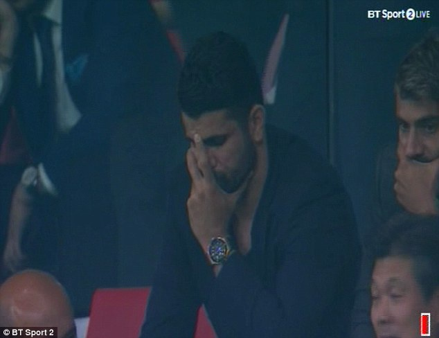Diego Costa buon rau nhin Chelsea danh bai Atletico Madrid hinh anh 8