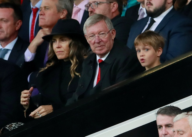Beckham tro lai Old Trafford voi dien mao than thuoc hinh anh 5