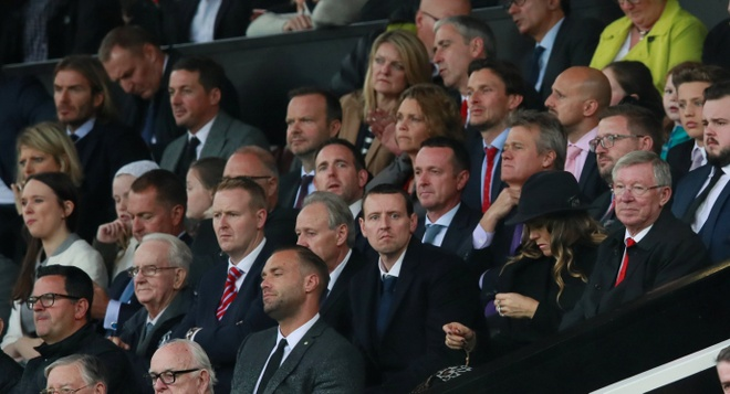 Beckham tro lai Old Trafford voi dien mao than thuoc hinh anh 1