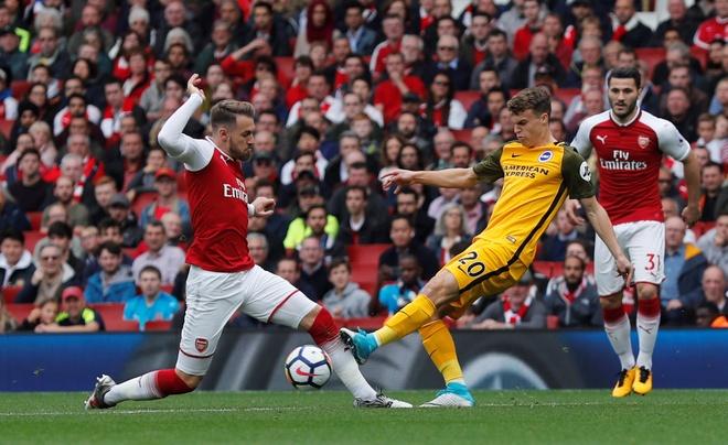 Arsenal vs Brighton (2-0): Sanchez kien tao dang cap hinh anh 14