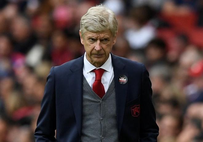 Arsene Wenger pha ky luc cua Sir Alex Ferguson sau tran thang hinh anh