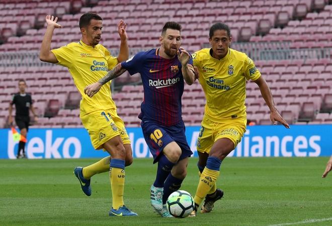 Messi ghi 2 ban, Barca co 3 diem trong tran cau khong khan gia hinh anh 21