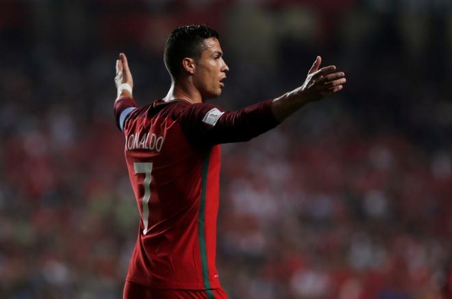 Ha Thuy Si, Ronaldo cung dong doi chinh thuc den Nga he 2018 hinh anh 3