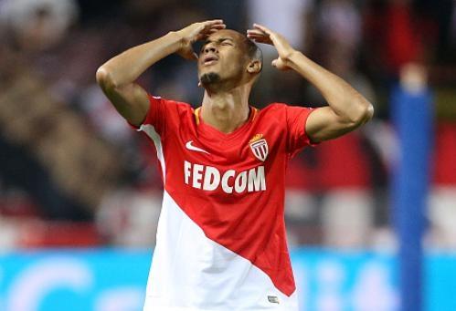 Hang thu mo ngu, Monaco thua nguoc Besiktas 1-2 hinh anh