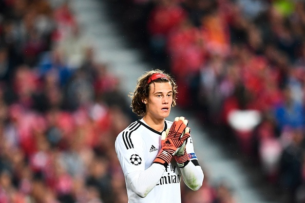 Dan sao MU dong vien thu mon Benfica dung day sau sai lam hinh anh 7