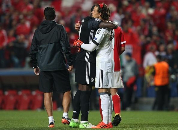 Dan sao MU dong vien thu mon Benfica anh 5