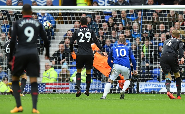 Everton 2-5 Arsenal: Mon qua sinh nhat y nghia cho Arsene Wenger hinh anh 15