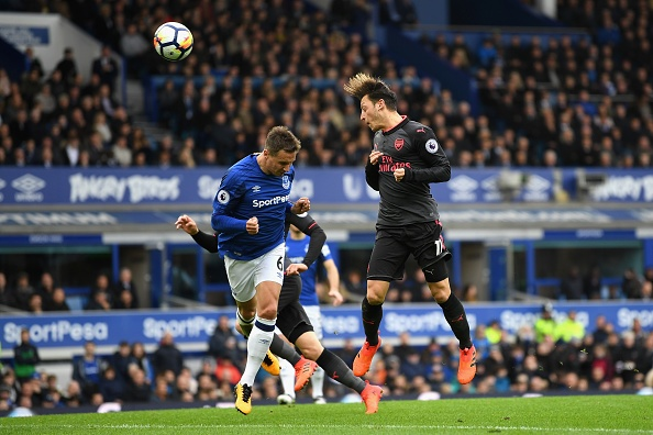 Everton 2-5 Arsenal: Mon qua sinh nhat y nghia cho Arsene Wenger hinh anh 21