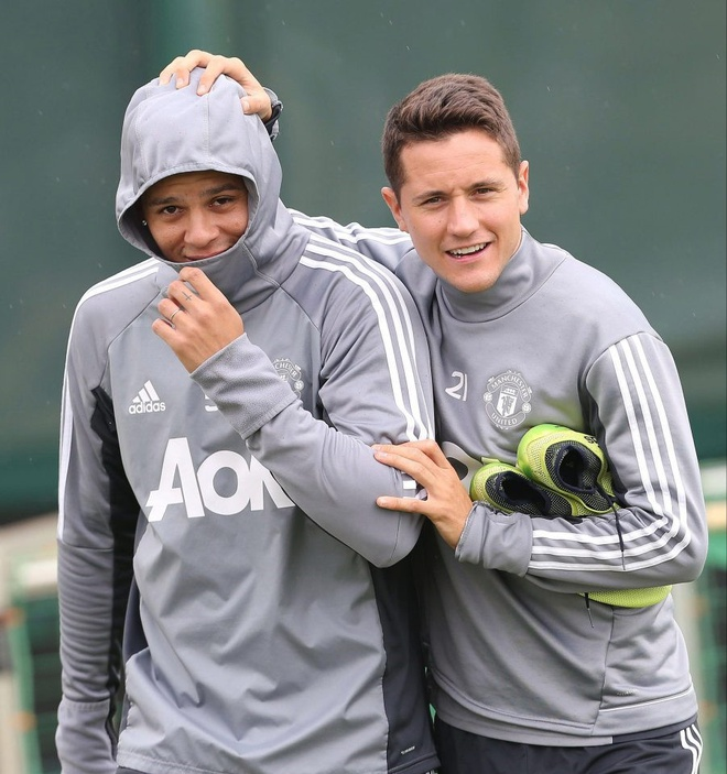 Man Utd don hang loat tru cot tro lai sau chan thuong hinh anh 8