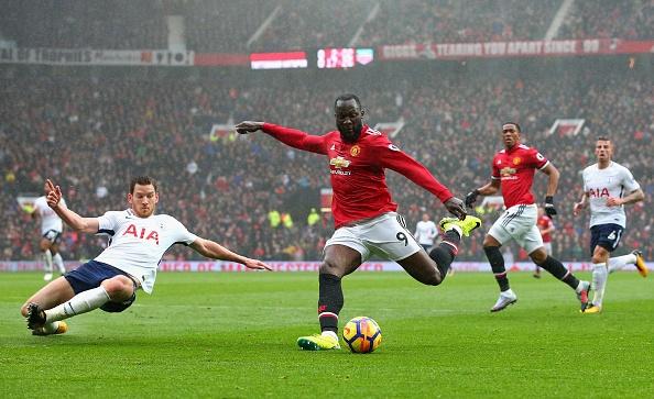 Martial toa sang giup MU danh bai Tottenham tren san nha hinh anh 24